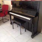 Giá tiền đàn piano cơ cũ phổ biến