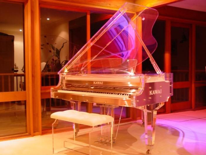 Đàn piano Heintzman Crytal