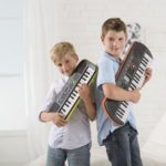 4 điều nên làm trước khi cho bé học đàn piano