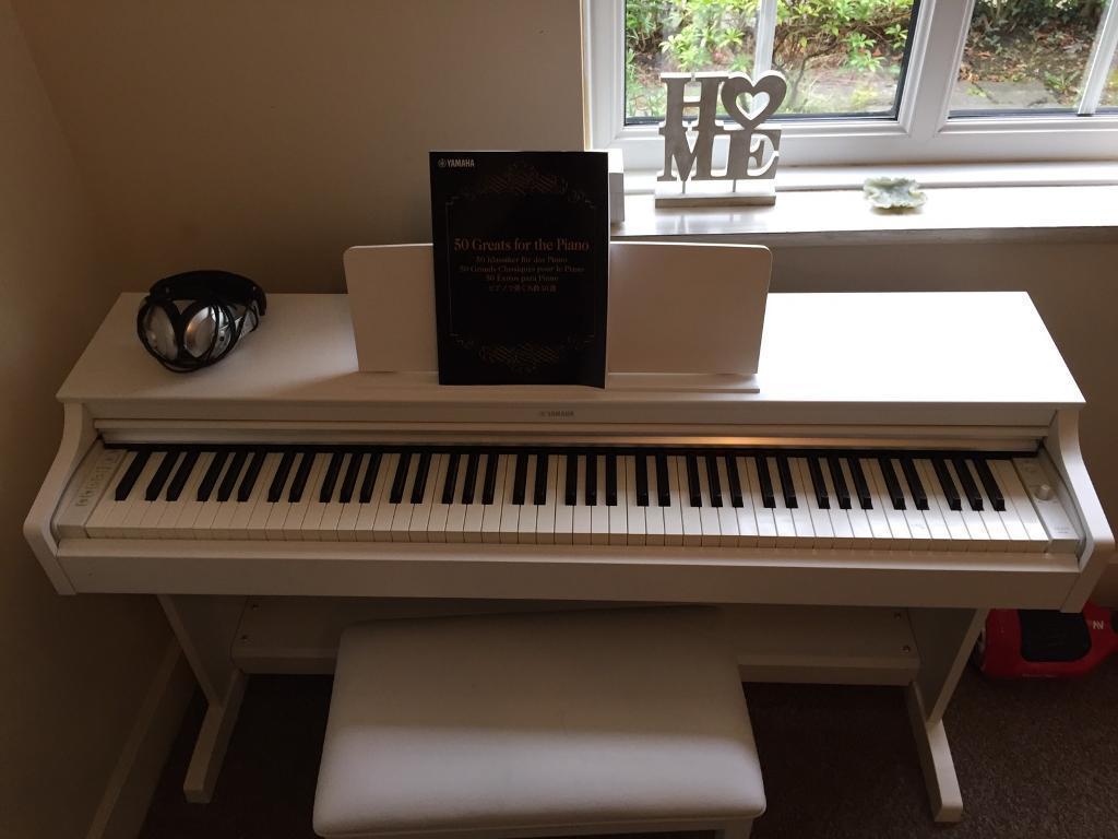 đàn piano điện cũ