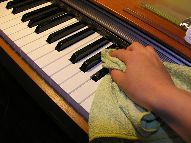 xử lý ẩm cho đàn piano